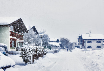 Kirchberg in Tirol, winter, heavy snowfall, the swept-up road