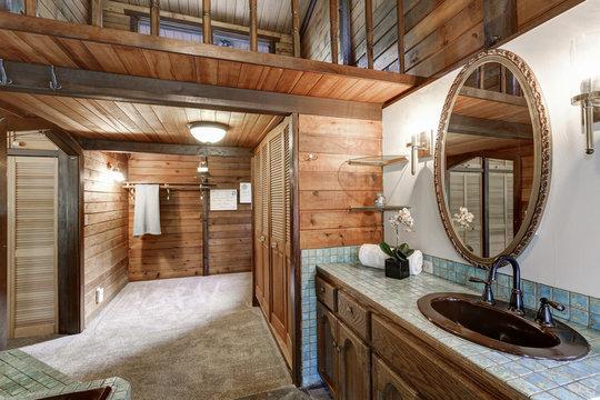 Bathroom interior in a luxurious log cabin.
