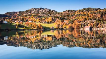 Fotobehang Blauw Coastal Norwegian landscape in Autumn