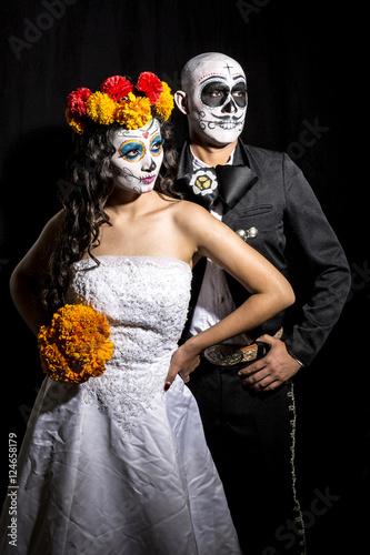 Catrin Y Catrina En Fondo Negro Stock Photo And Royalty Free Images