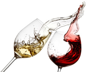 Red and white wine splash