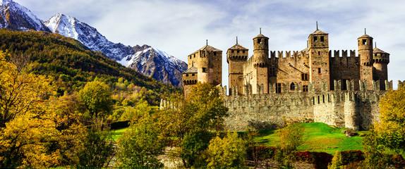Keuken foto achterwand Kasteel Beautiful medieval castles of Italy - Fenis in Valle d'Aosta mountains Alps