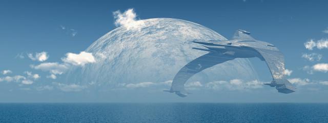Riesiges Raumschiff über dem Meer