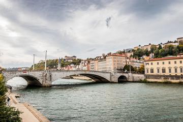 Le pont Bonaparte sur la Saône à Lyon