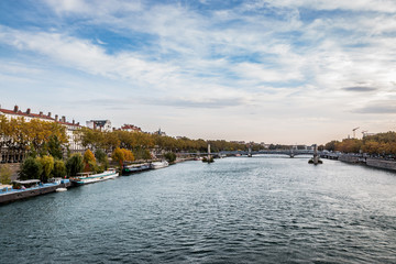 Le Rhône et Lyon vu du Pont Morand
