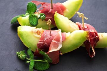 gourmet cuisine: melon with ham