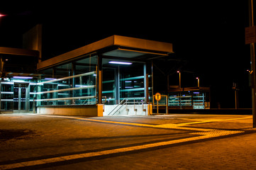 Rangsdorfer Bahnhofaufgang am Abend