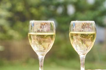 ワインで乾杯 テラスにて