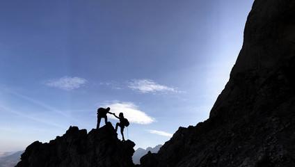 yüksek dağlarda birlik beraberlik ruhu