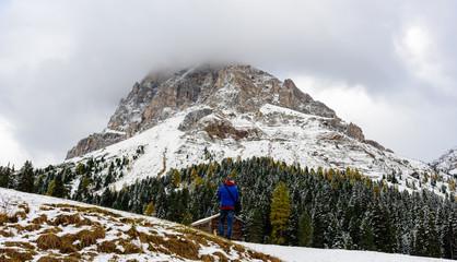 Man contemplate mountain panorama