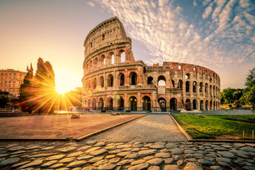 Papiers peints Rome Colosseum in Rome and morning sun, Italy