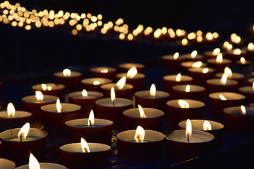 burning memorial candles