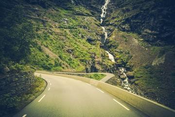 Wall Mural - Trollstigen Scenic Road