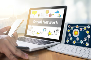 Social Network Connection Discussion ,Businessman use Social Net