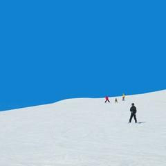 雪山と青空 スキー場イメージ素材