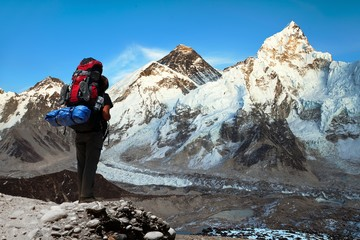 Evening view of Mount Everest with tourist