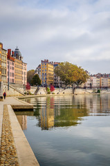 Quai Saint Vincent sur la Saône à Lyon
