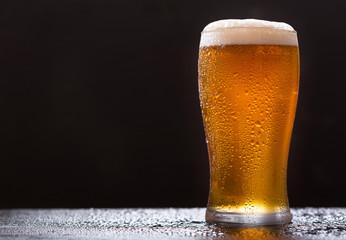 Papiers peints Biere, Cidre glass of beer