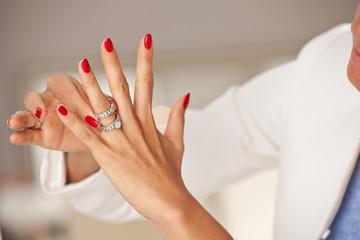 diamond ring on woman finger