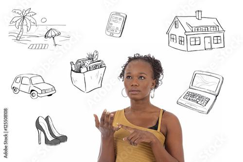 Jeune Femme Noire Comptant Son Budget Avec Dessins Photo Libre De