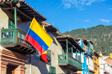 Fototapete - Colombian Flag in Bogota, Colombia