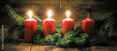 dritter advent drei leuchtende kerzen vor einem. Black Bedroom Furniture Sets. Home Design Ideas