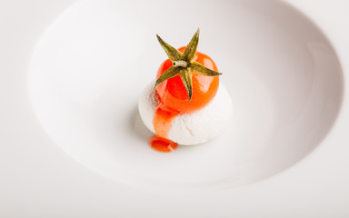Mozzarella with cheery tomato