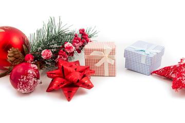 bellissimi pacchetti colorati regalo per natale