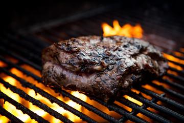 Tuinposter Steakhouse Flank Steak Griling