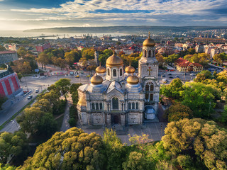 Spoed Fotobehang Luchtfoto The Cathedral of the Assumption in Varna, Aerial view
