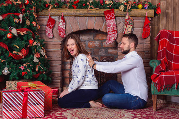 Husband massage for his pregnant wife who suffered shoulder pain