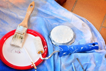 Working tools for painting and renovating the house.