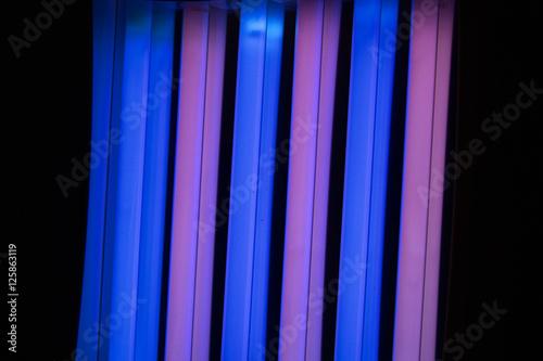 solarium led leuchtstoffr hren fotos de archivo e. Black Bedroom Furniture Sets. Home Design Ideas