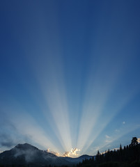 Sunrays Over The Mountains