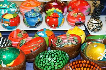 zuccheriera e ciotola in ceramica colorate