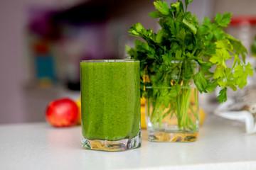 Vitamin cleansing green smoothie. Detox