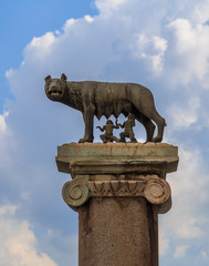 Wolf, sculpture personifying Rome, vertically