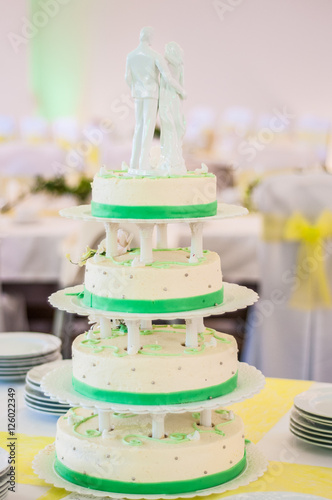 Hochzeitstorte Torte Kuchen Etagere Stock Photo And Royalty Free