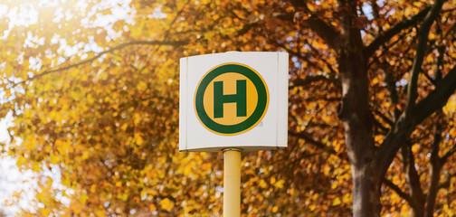 Haltestelle Bus Bahn Tram Berlin Herbst