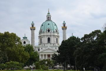 Wien, Karlskirche, Karlsplatz, Park, Barock, Engel, Säulen, Turm