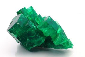 esmeraldas gigantes cristales emerald gemstone gemas piedras preciosas diamantes verdes granate zafiro rubí