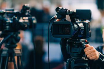 Fototapeta TV cameras. TV cam recording event obraz