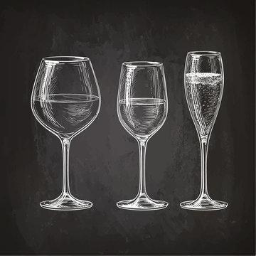 Set of wineglasses.