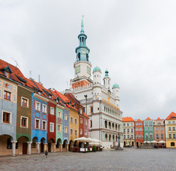 Fototapete - Old market square in Poznan with city hall, Poland