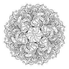 Round composition wreath