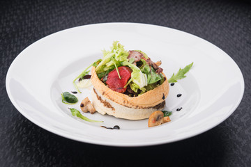 salad of veal and fresh vegetables