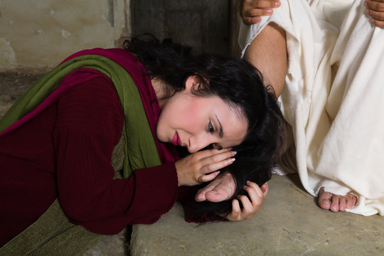 Mary Magdalene drying Jesus feet with her hair
