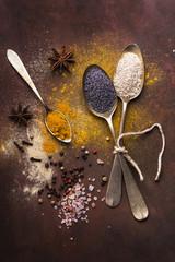 semi e spezie aromatiche