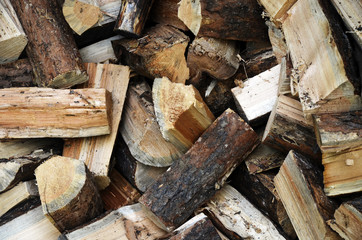 An image of chopped fire wood.