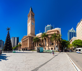 BRISBANE, AUS - Dec 11 2015: View of City Hall and King George S
